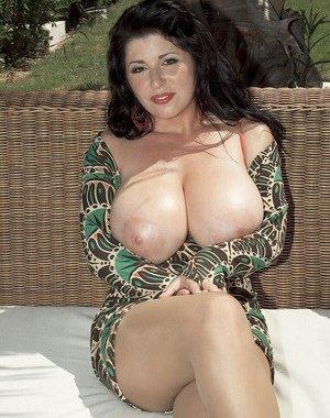 Big Tits Mature Pics Free Sex Pictures At Big Tits Pics Net